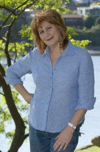 Maggie Holley Online Marketing Consultant bio photo